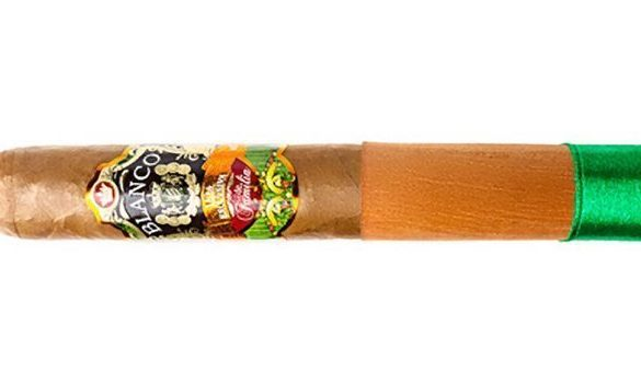 Blind Cigar Review: Blanco | Liga Exclusiva de Familia Robusto