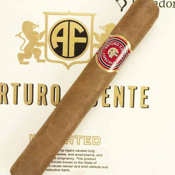 Blind Cigar Review: Arturo Fuente | Especiales Cazadores Natural