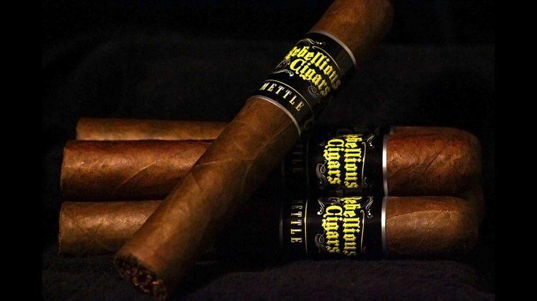 Blind Cigar Review: Rebellious Cigars Signature Series