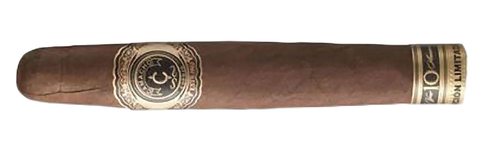 Blind Cigar Review: Camacho   10th Anniversary 11/18