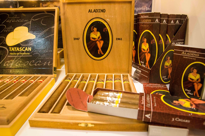 Cigar News: C.L.E. Shipping Aladino Cigars