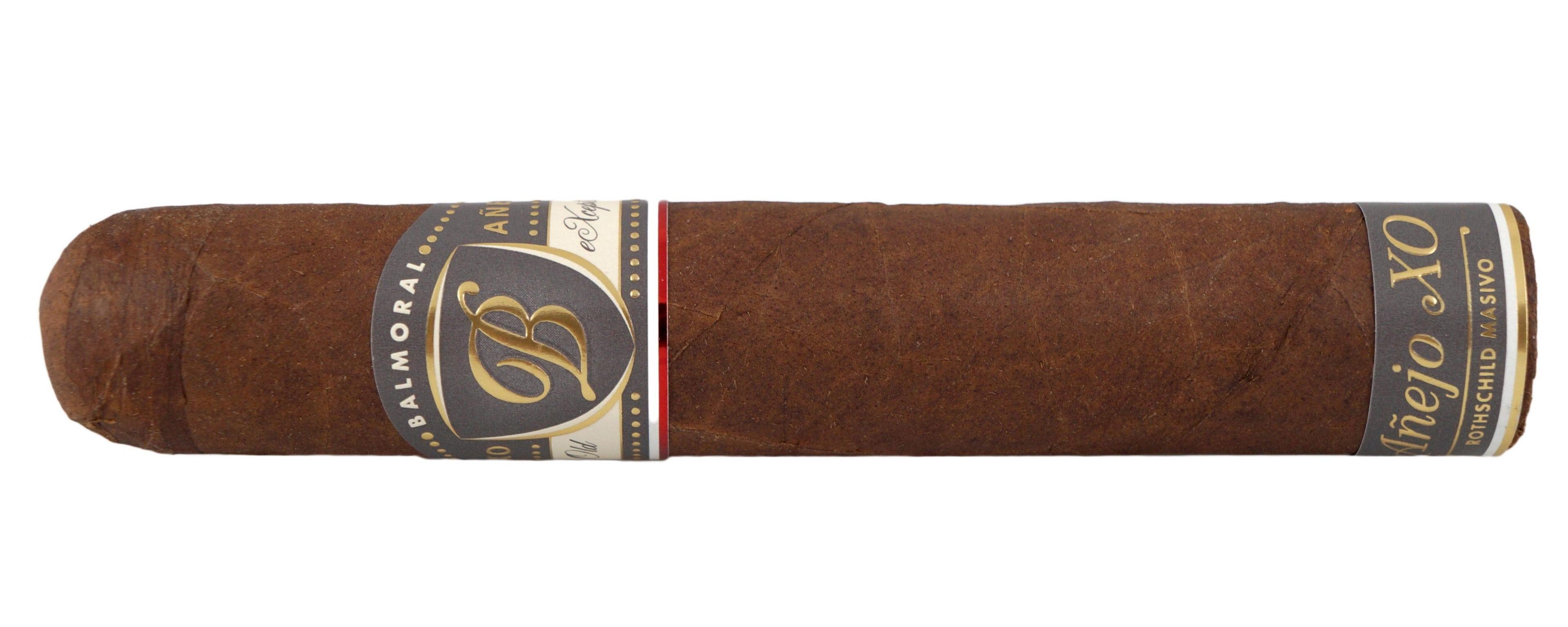 Blind Cigar Review: Balmoral | Anejo XO Rothschild Masivo