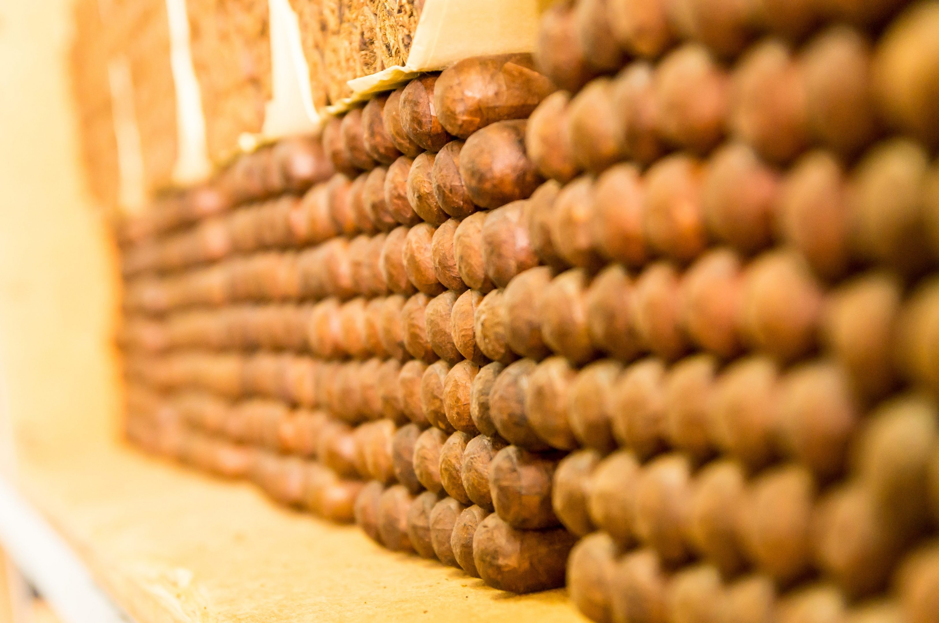 Tips and Tricks: Dry Boxing Your Cigars