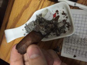 Blind Cigar Review: Crowned Heads | Las Mareas Olas