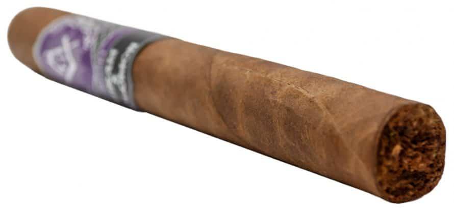 Blind Cigar Review: Hiram & Solomon | Traveling Man Toro