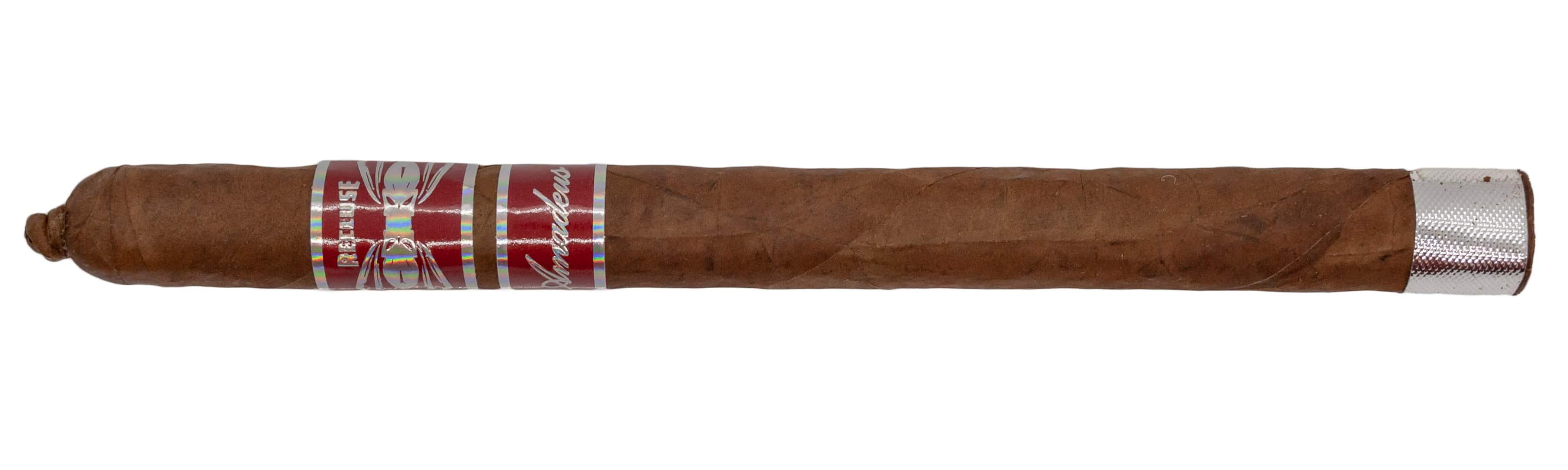 Blind Cigar Review: Iconic Leaf | Recluse Amadeus Habano Reserva Lancero