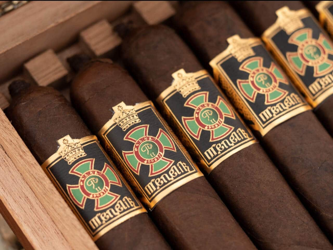 Cigar News: Foundation Cigars Ships Menelik, #142 Lancero and Highclere Victorian