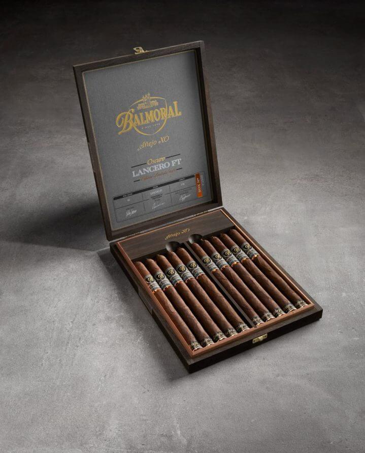 Cigar News: Royal Agio Ships Balmoral Añejo XO Oscuro Lancero FT Edición Limitada