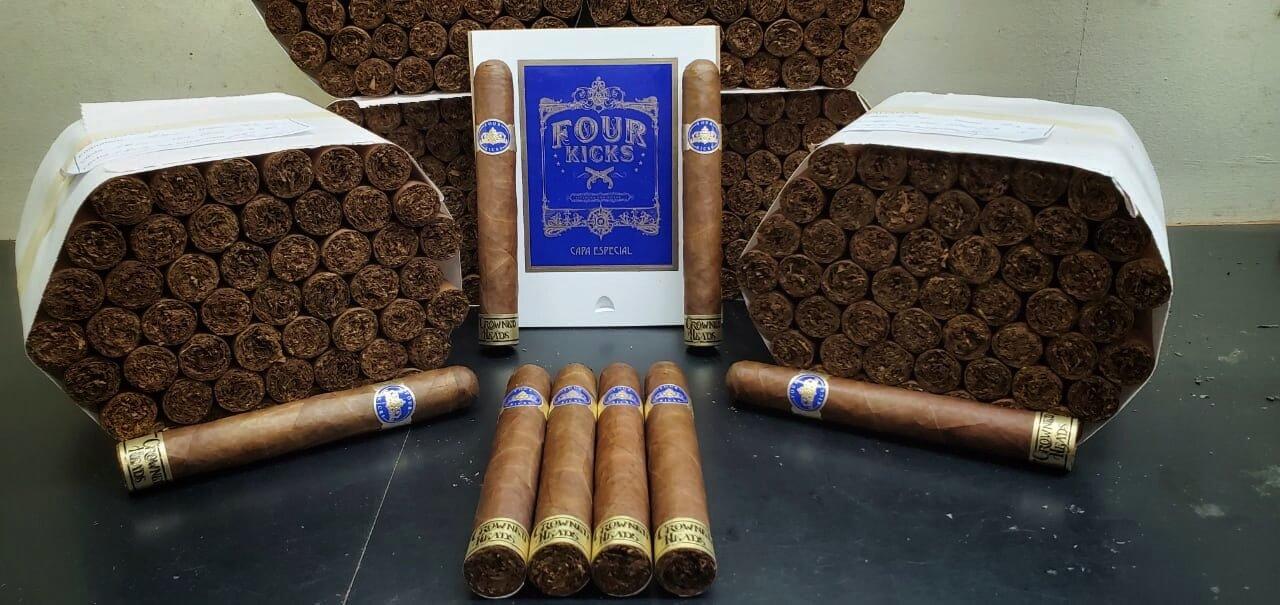 Cigar News: Crowned Heads Announces Four Kicks Capa Especial
