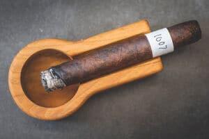 Blind Cigar Review: Hiram & Solomon | Fellow Craft Toro