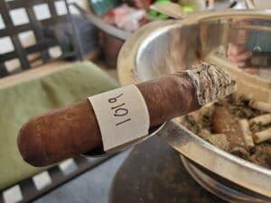 Blind Cigar Review: Diamond Crown   Maximus No. 4