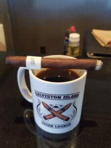 Blind Cigar Review: Drew Estate   Herrera Esteli Lancero
