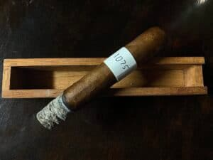Blind Cigar Review: JRE | Aladino Cameroon Robusto