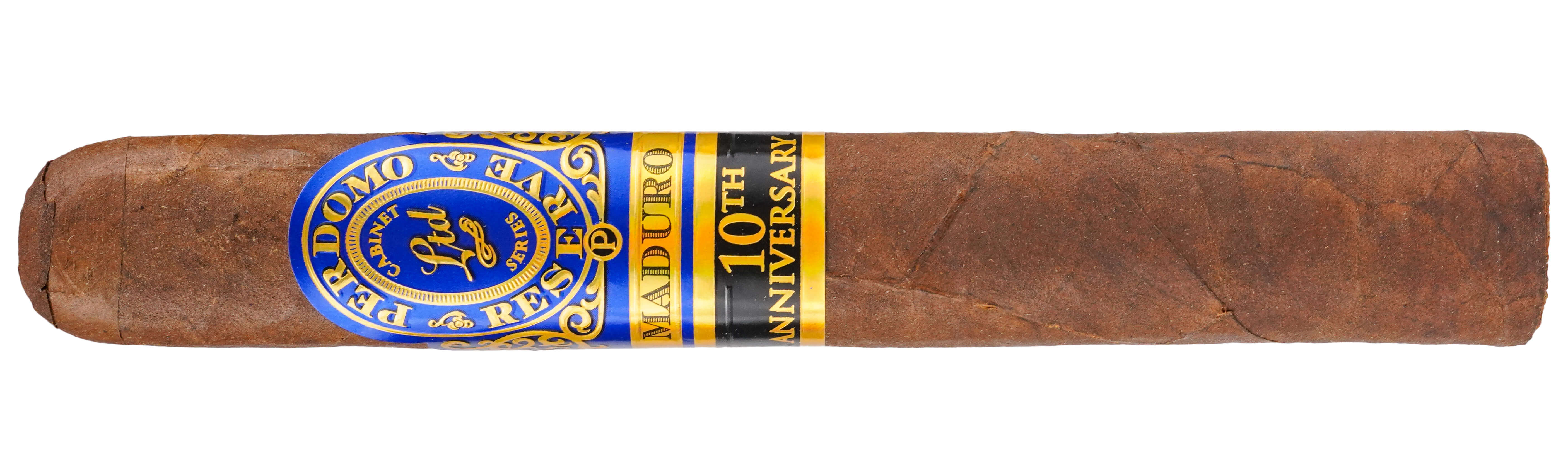 Blind Cigar Review: Perdomo | Reserve 10th Anniversary Box-Pressed Maduro Epicure