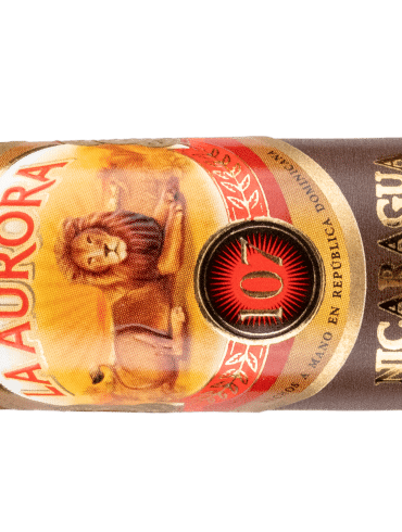 Blind Cigar Review: La Aurora | 107 Nicaragua Robusto