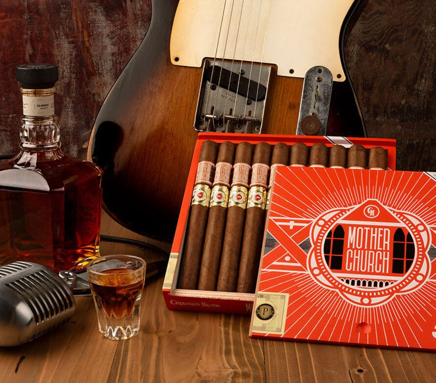 """Cigar News: JR Cigar Teams with Crowned Heads for """"Mother Church"""""""